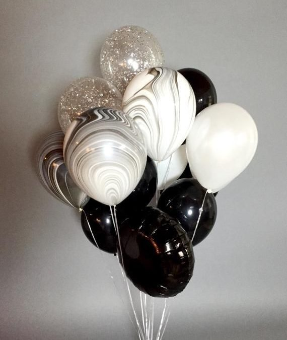 Sur Pinterest Géant noir et blanc ballon Bouquet | Confettis ballons | Noir et blanc