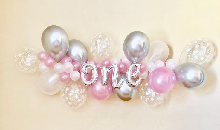 Sur Pinterest Snowflake Balloon Garland DIY Kit Pink Silver and Snowflakes ~Winter